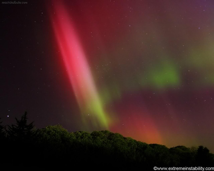 natural phenomena As of now, scientists have yet to explain these 25 natural phenomena.