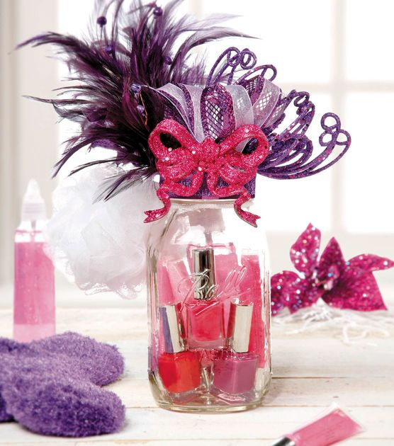 This #DIY Spa Jar Gift Set is the perfect gift for a friend, sister or even your mom! :) Find supplies at Joann.com or JoAnn Fabric and Craft stores.