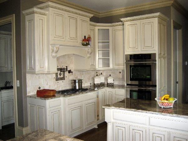 Glazed my kitchen cabinets in my old house they turned out so good