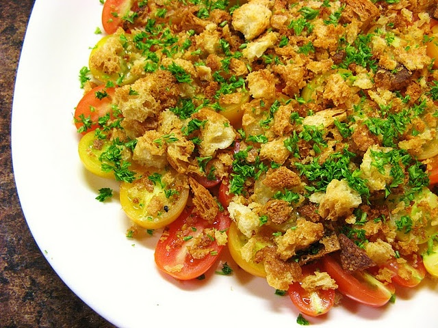 Tomato Salad with Crushed Croutons | Starters / Appetizers | Pinterest