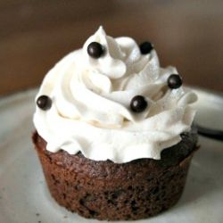 Vegan Chocolate Cupcake, light & fluffy !