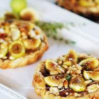 Fig Caramelized Onion Goat Cheese Tarts1 | Baked | Pinterest