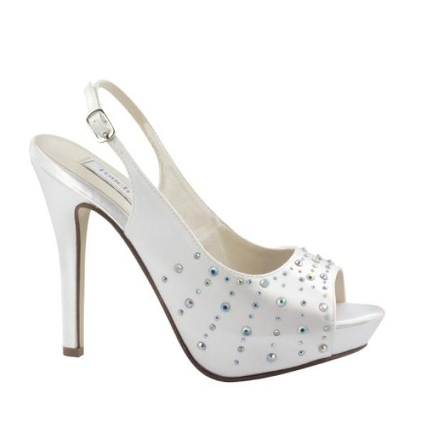 So Adorable! #Bridalshoes #Slingbacks #dyeable