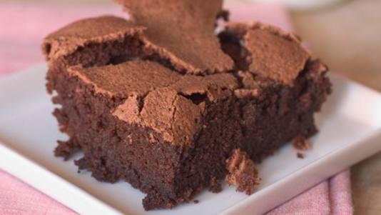 My favorite brownies | bars.. mmm | Pinterest