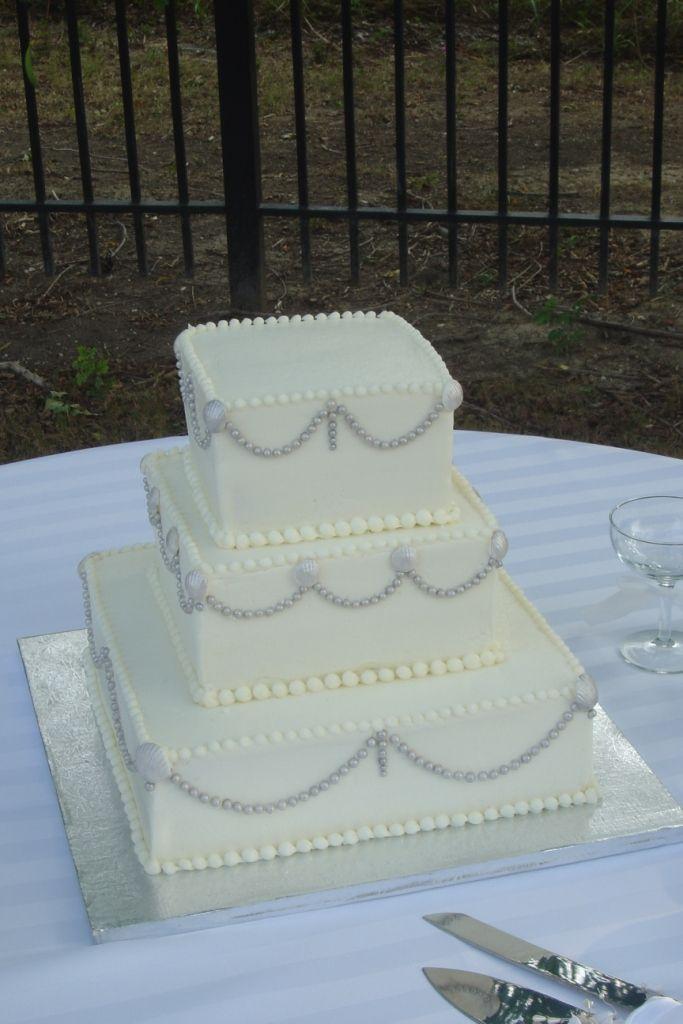 Art Deco Buttercream Wedding Cake : Pin by Teresa Kelly on Wedding Cake Pinterest