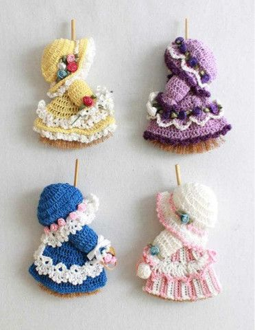 Free Crochet Pattern Leaflets : Mini Broom Dolls 1 Crochet Pattern Leaflet