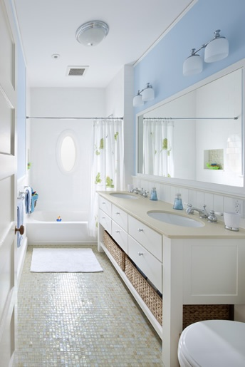 Smaller vanity idea for jack n jill bath bathrooms for Bathroom ideas jack jill