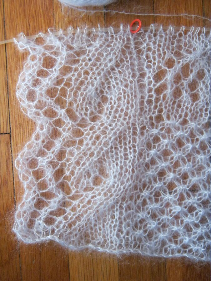 Easy Lace Edging Knitting Pattern : Pin by Kimberley Slaker on Lace Patterns Pinterest