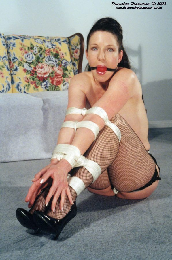 Femdom castration of the male