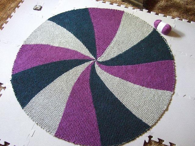 Knitting Wheel Patterns Free : Short rows round pinwheel baby blanket