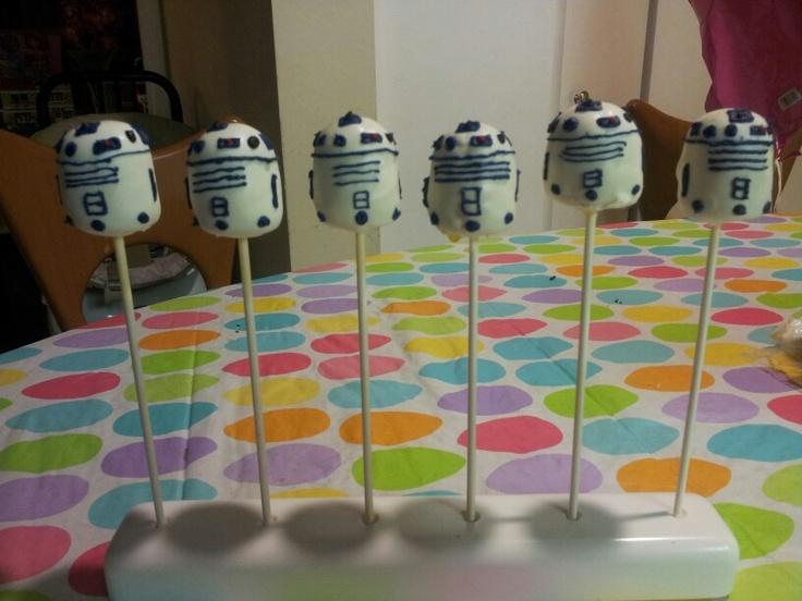 Star Wars Cake Pop Images : Star Wars R2D2 Cake Pops Birthday Pinterest