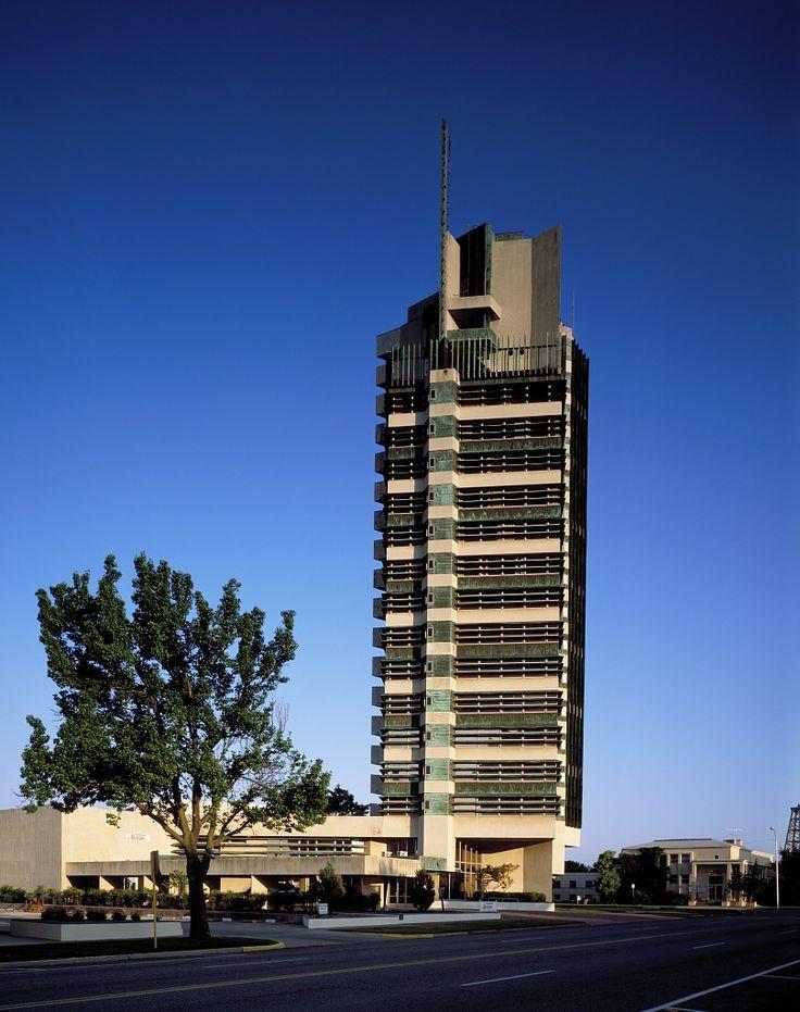 Price tower bartlesville oklahoma native oklahoma for Frank lloyd wright bartlesville