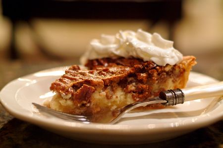 Pecan Cheesecake Pie from @NevrEnoughThyme http://www.lanascooking.com ...