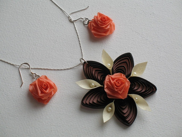 Quilling Earrings and Necklace