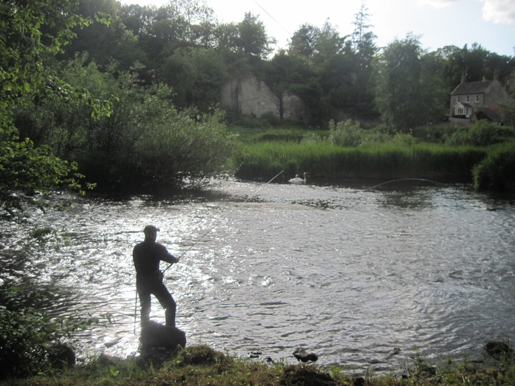 a river runs through it essay If you can learn to do it correctly, to read the river and the fish and yourself a river runs through it a river runs through it (1992) cast more serious, learning to write by taking his papers in to his father's study, invariably to be told, good.