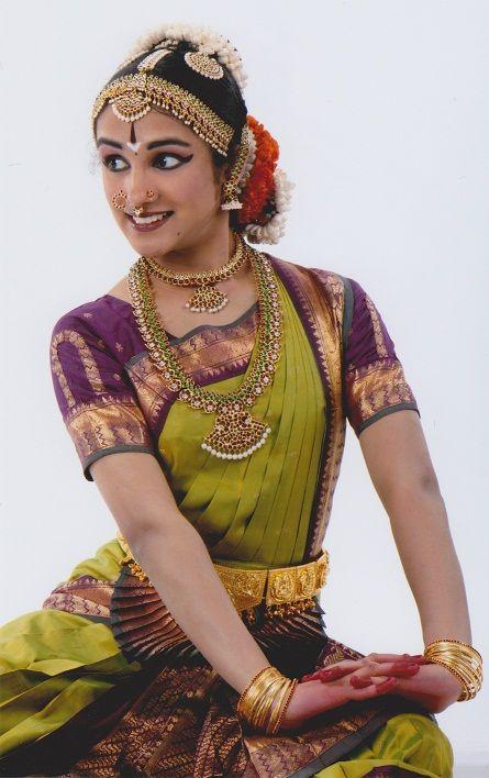 Bharatanatyam Dress Color Combination