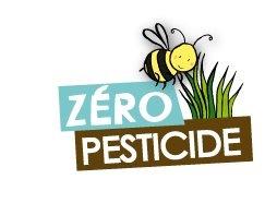 """Logo """"Zéro Pesticide"""" Ville d'Angers Graphisme : La Fabrique Rouge www.lafabriquerouge.com"""