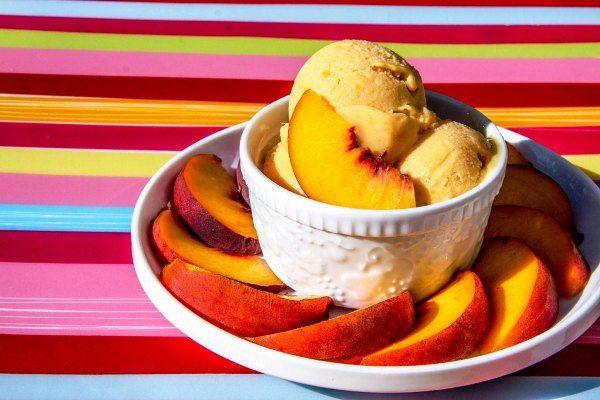 Vegan Peach Ice Cream from Veggie Grettie.