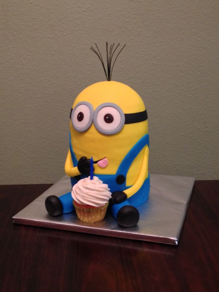 Cake of Kevin, the minion  boys 9th party  Pinterest