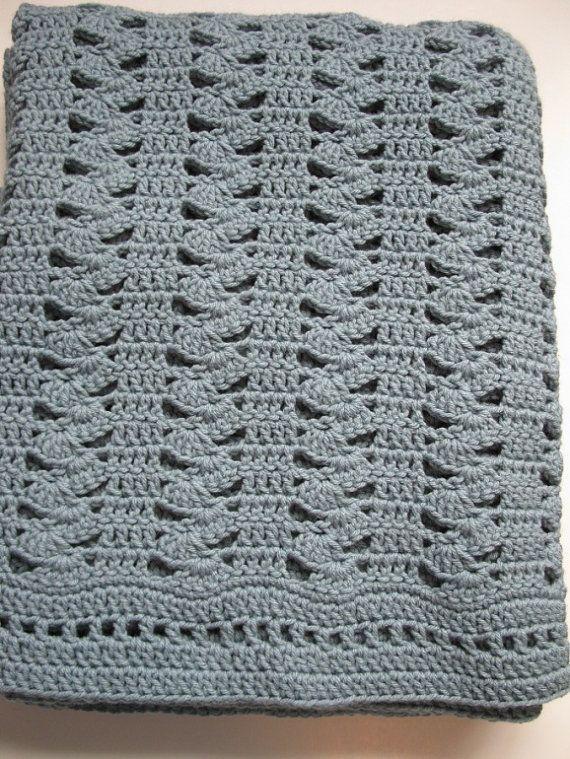 Easy Crochet Stitches : Easy Crochet Blanket - Interlocking Shell Stitch Blanket - PDF Includ ...