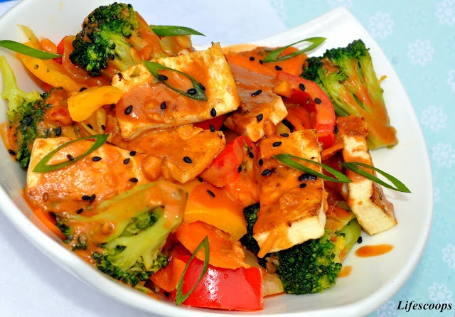 Tofu and Vegetables in Soy Peanut Sauce | Recipes to try | Pinterest