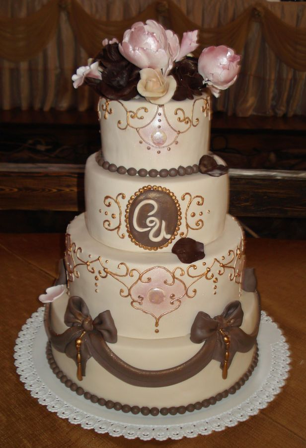 Round Wedding Cake cake decorating ideas Pinterest