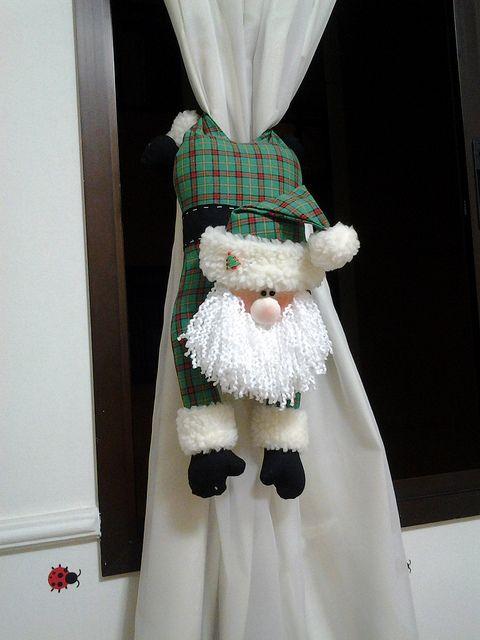 Noel cortina by Leozinha Docinho, via Flickr
