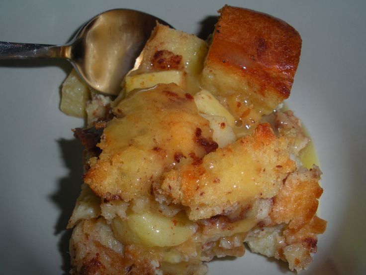 apple bread pudding with brandy sauce | dessert | Pinterest
