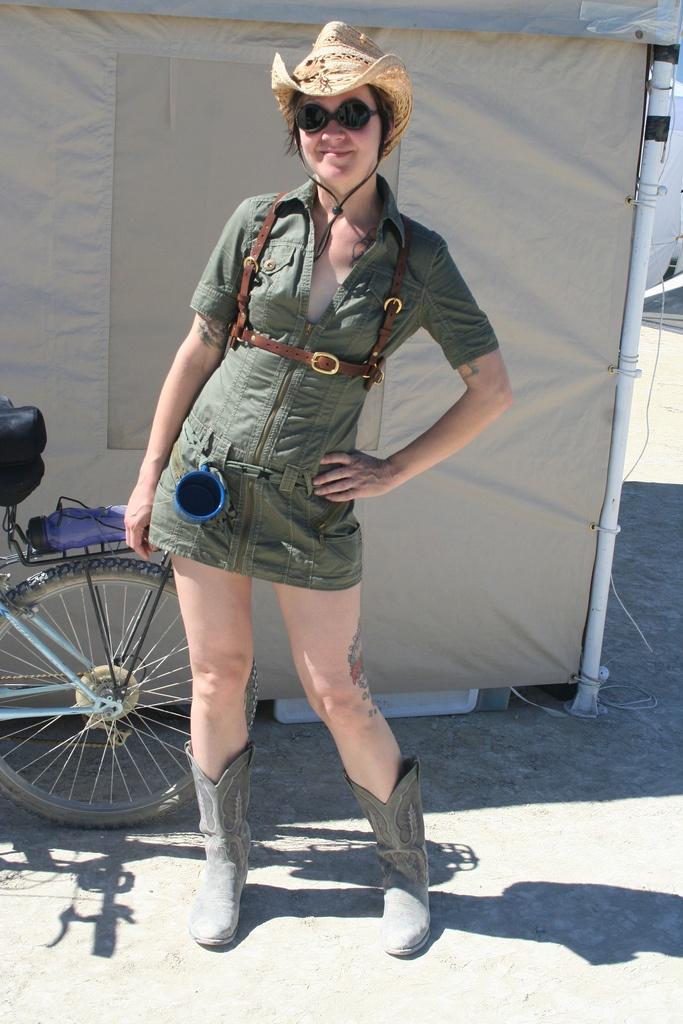 Fashion For Nerds: Burning Man: The Fashion