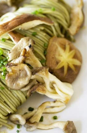 Green Tea Noodles with Wild Mushrooms, Chives & a Lemon-Soy Dressing ...