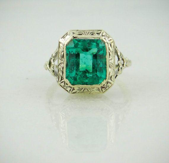 stunning antique green gold emerald ring