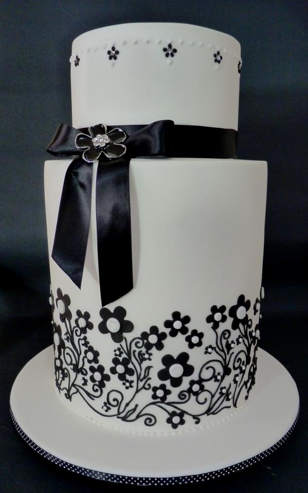 B Cake by The Gallery Couture Cakes