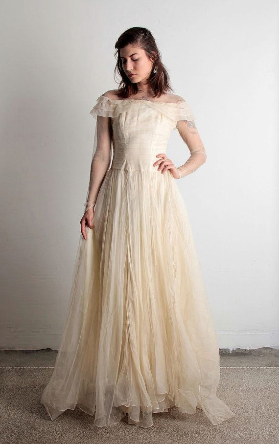 1940s tulle wedding dress with train amp illusion by veravague 460 00