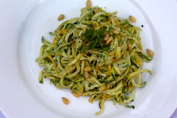 ... Raw Squash Noodles with Lemon-Basil Cashew Cream Sauce #vegan