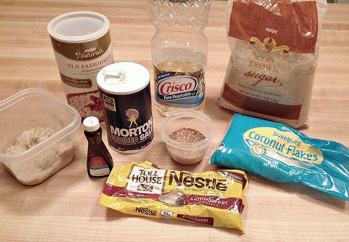 Chocolate Chip Oatmeal Breakfast Bars | Yum Yum | Pinterest