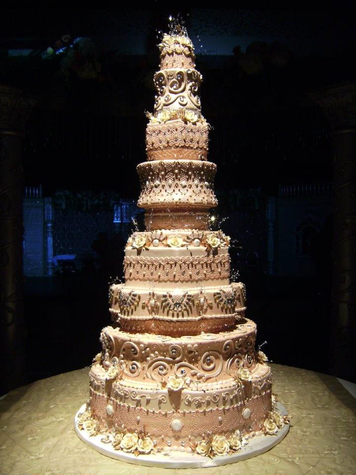 Cake Art Studio Facebook : tall wedding cake! Awesome Events Pinterest