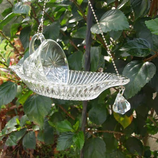 jardins ideias criativas : jardins ideias criativas:Glass Bird Feeder