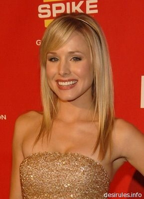 Love this long hairstyle with side swept bangs.