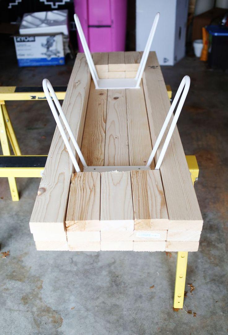 Стол из деревянных брусков своими руками