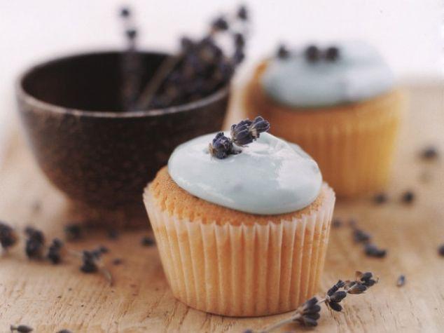 lavender amp honey cupcakes http www ivillage com best cupcake recipes ...