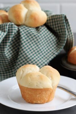 Potato Rosemary Rolls Recipe on twopeasandtheirpod.com Our favorite ...