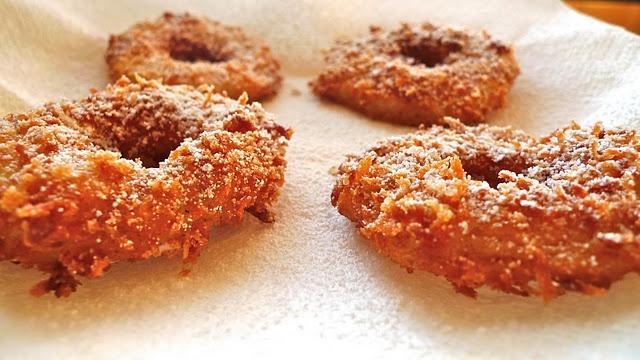Crispy Fried Apple Rings | I dream of Food | Pinterest