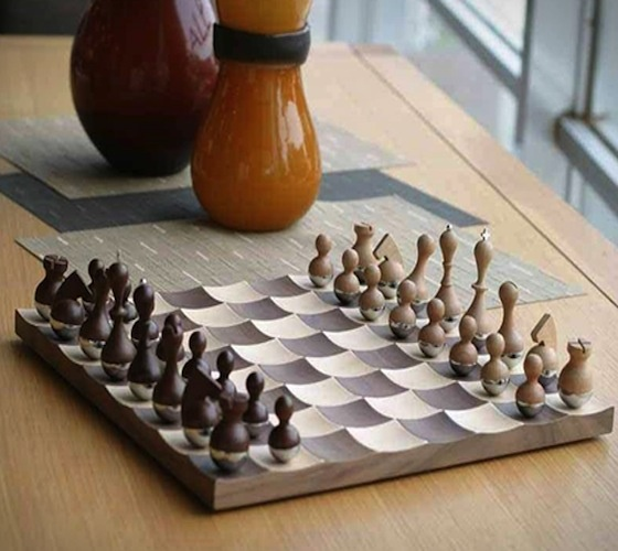 Wobble chess set by umbra 123 over the door organization pinter - Umbra chess set ...