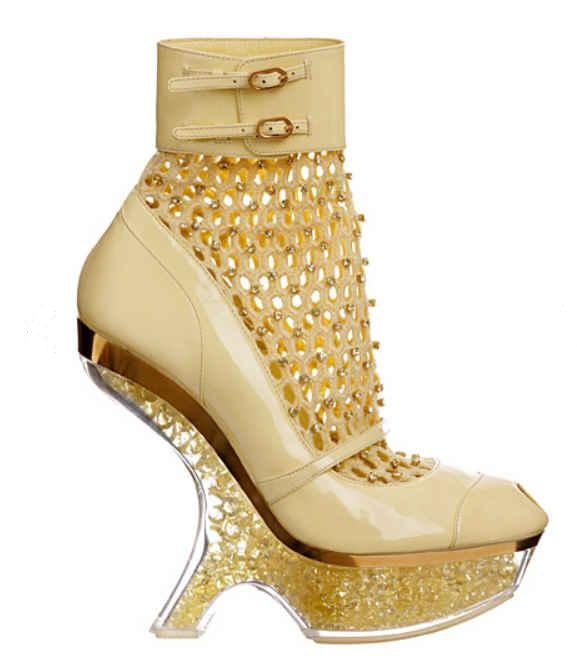 Return Of The Bees For Alexander McQueen Spring 2013 Shoefessional