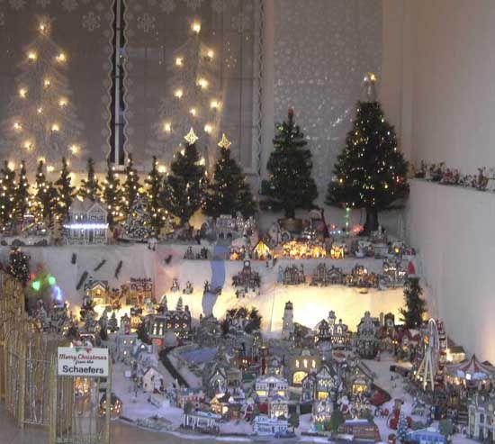 Christmas Village Decorations Ideas: Christmas Village Ideas