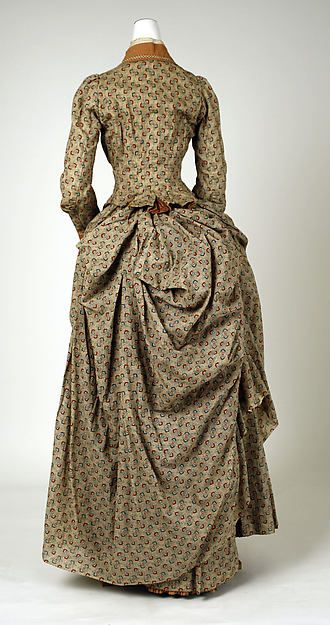 Walking dress 1885 Met