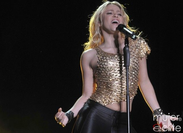 Uploaded to Pinterest Shakira Facebook