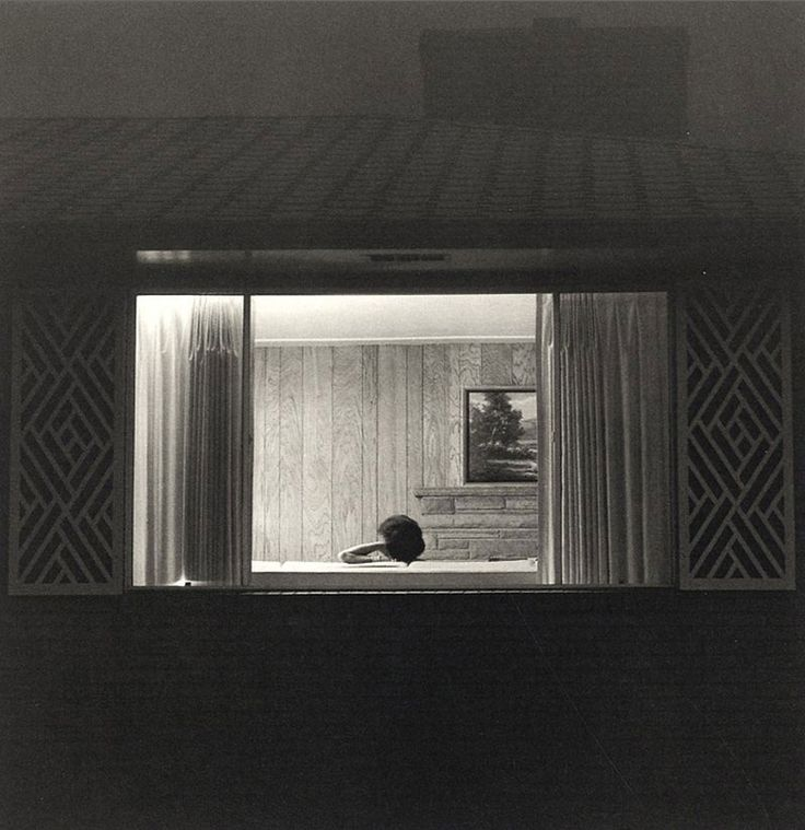 :: Robert Adams - Summer Nights, walking 2009 :: Hace poco en Reina Sofía..... Madrid. Incredible!!