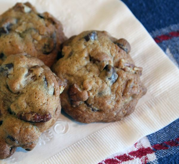 Chocolate Chip, Oatmeal, And Pecan Cookies Recipe — Dishmaps