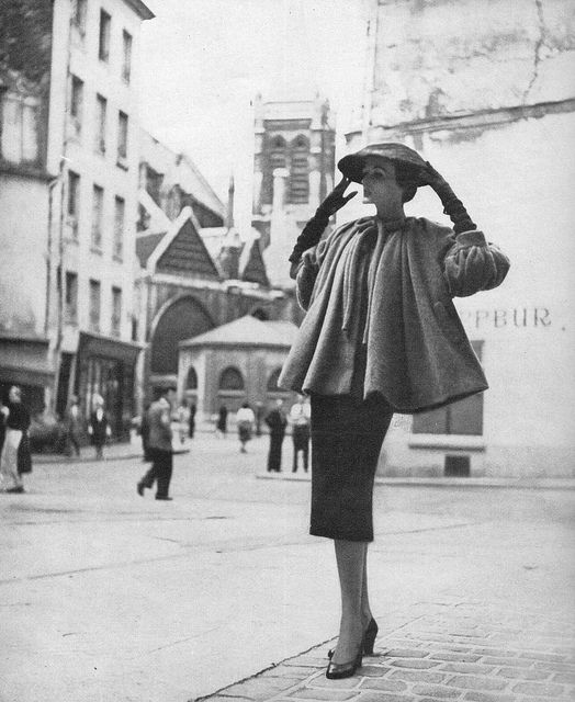 Balenciaga's swing jacket, 1950
